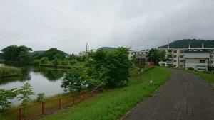 午前7時 網走川と大曲団地