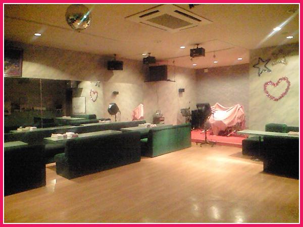 【北海道北見市|ミュージックサパーエース|喫茶店、カラオケ、ダンス、ランチ】店内