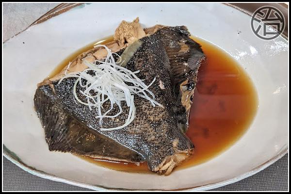 【北海道網走市|食べ処・飲み処 治(はる)|居酒屋】黒頭子持ちカレイの煮付け