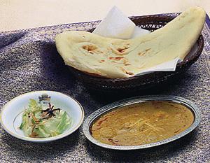 【北海道北見市|クリシュナ|インド料理、カレー、タンドリーチキン、ナン、ラッシー】ホタテカレーセット