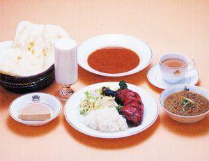 【北海道北見市|クリシュナ|インド料理、カレー、タンドリーチキン、ナン、ラッシー】ごちパラスペシャルBセット