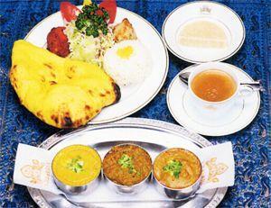 【北海道北見市|クリシュナ|インド料理、カレー、タンドリーチキン、ナン、ラッシー】ごちパラスペシャルCセット